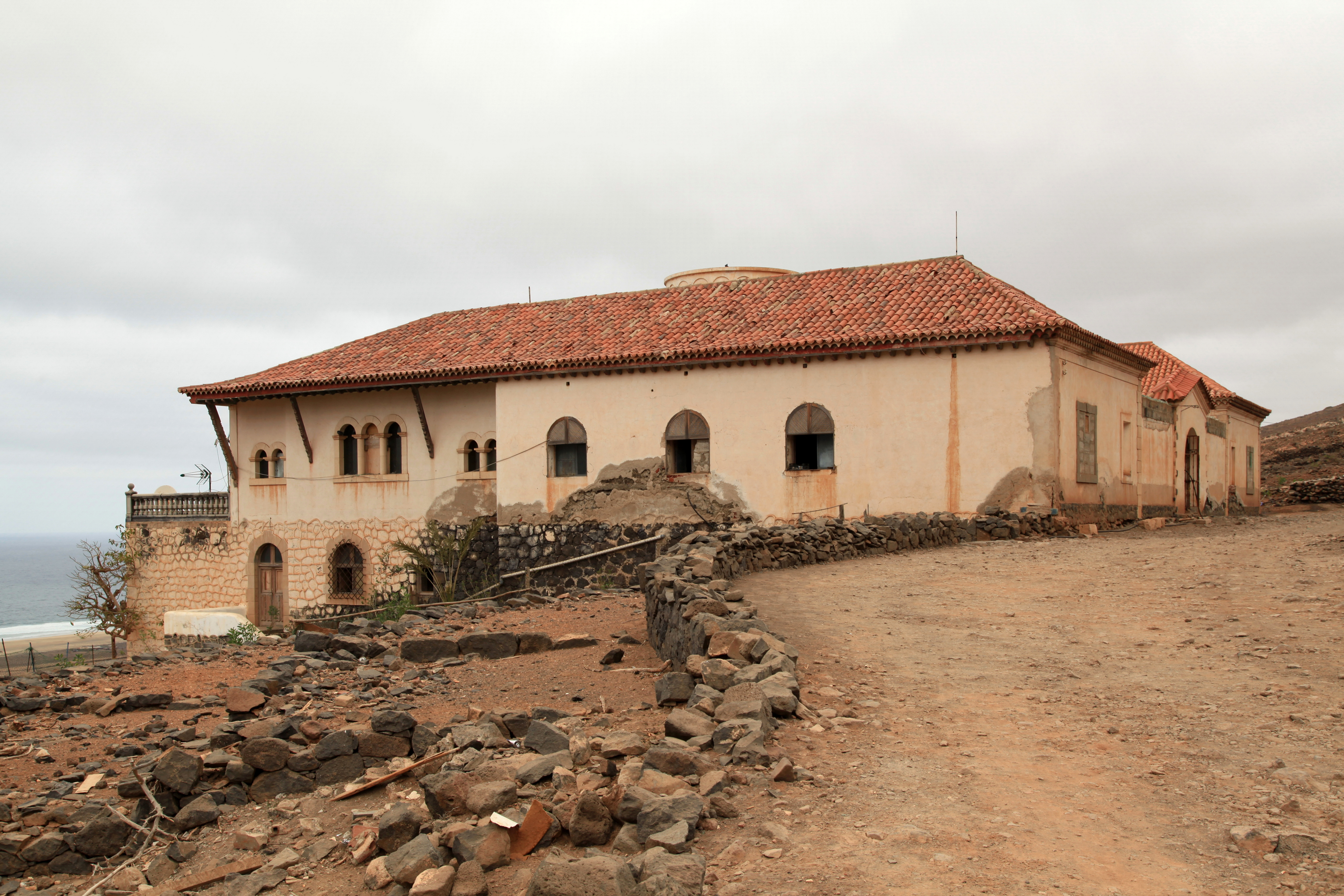 The village of cofete and the winter villa in fuerteventura for Villas fuerteventura