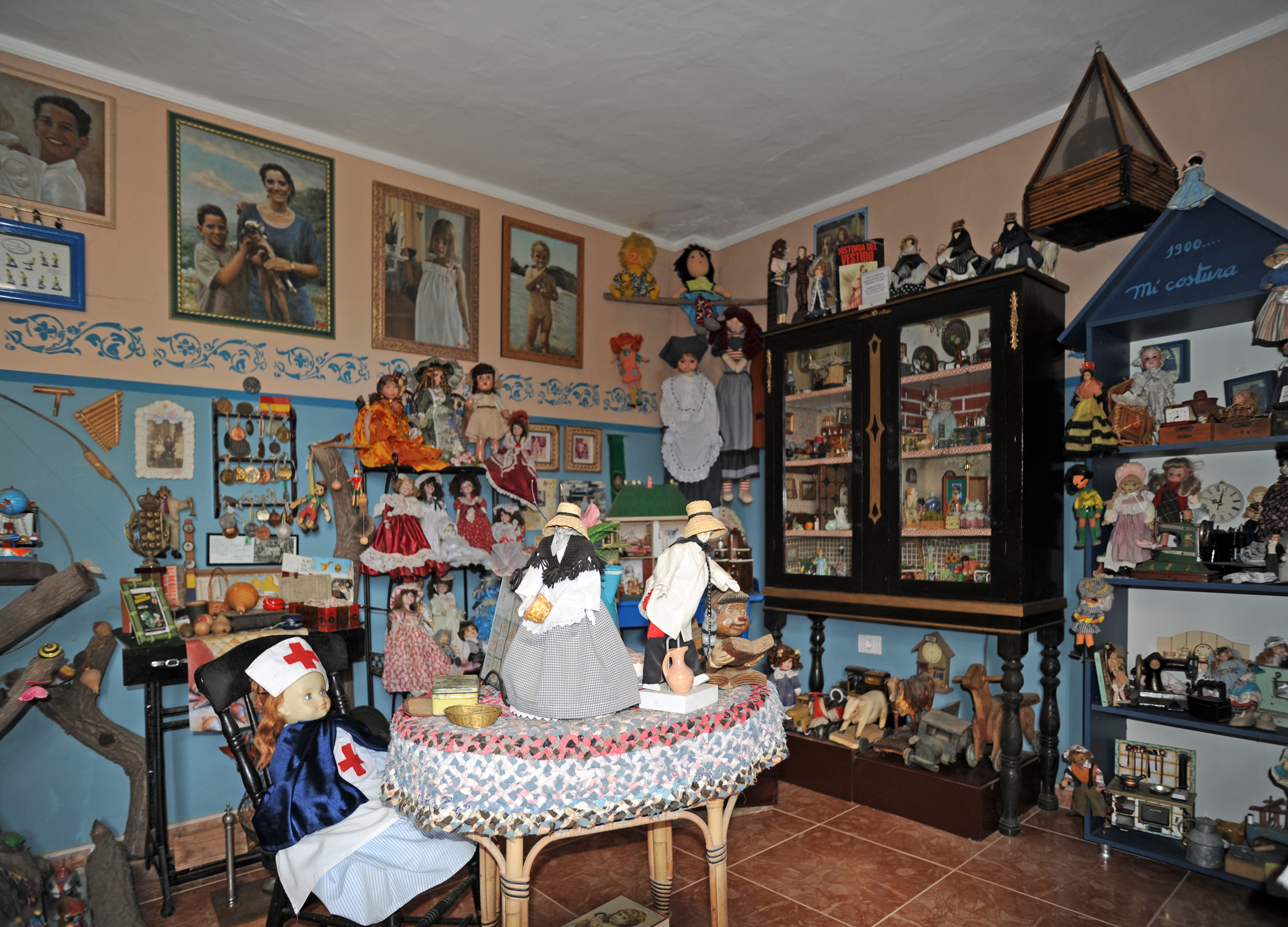 The Ethnographic Museum Tanit In San Bartolomé Lanzarote Doll Collection Click To Enlarge