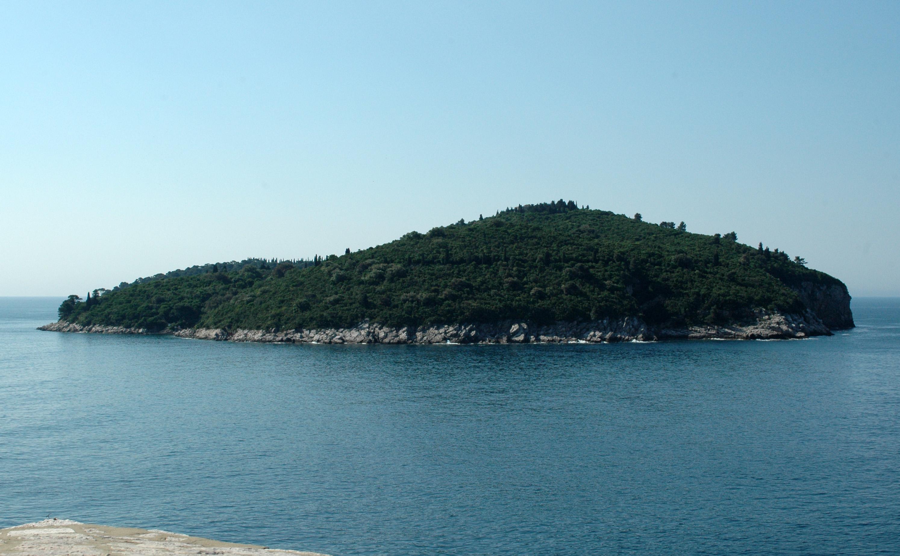 L 39 le de lokrum en croatie - Ile de re lieux d interet ...