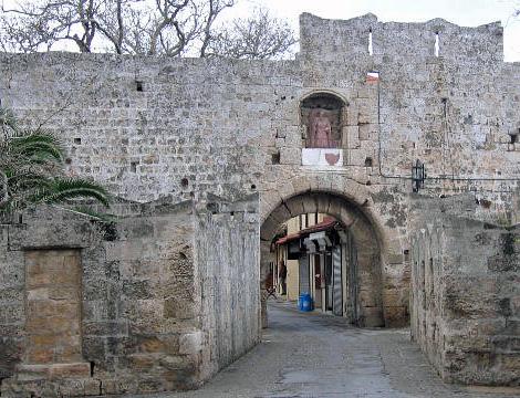 Die befestigungen von rhodos for Porte saint antoine