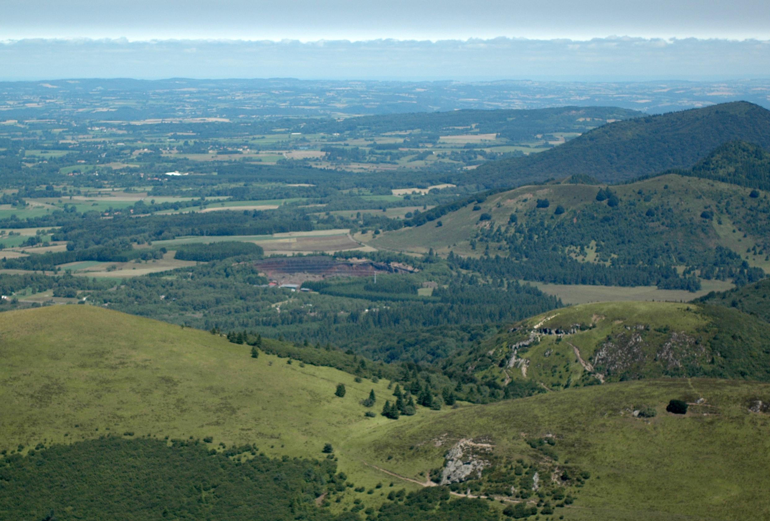 Le Puy De Lemptgy En Auvergne Vu Depuis Sommet Du Dme